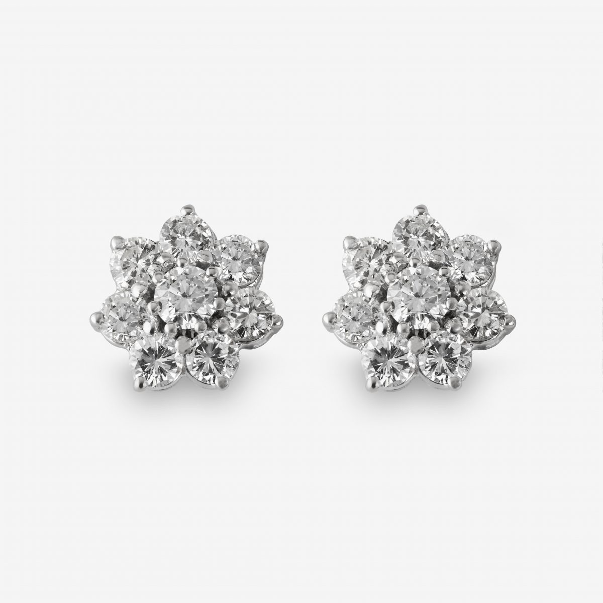 Pendientes oro blanco y brillantes 2,62 quilates.