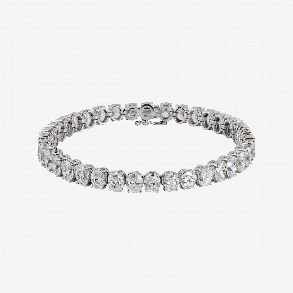 Pulsera oro blanco y diamantes talla oval 17,93 quilates
